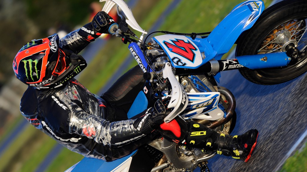 Andrea Dovizioso, Il Sagittario di Latina circuit - Sic Supermoto Day