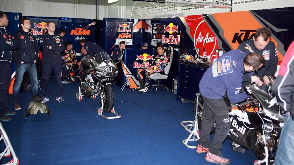 Arthur Sissis, Zulfahmi Khairuddin, Red Bull KTM Ajo - Valencia Test