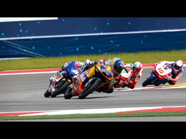 MotoGP Season 2013 - moto3race s1d3609 slideshow