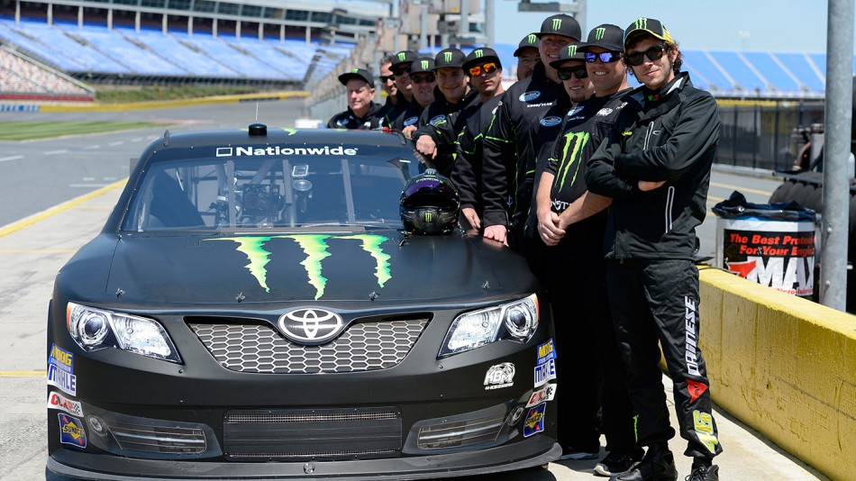 Valentino rossi charlotte motor speedway for Nascar ride along charlotte motor speedway