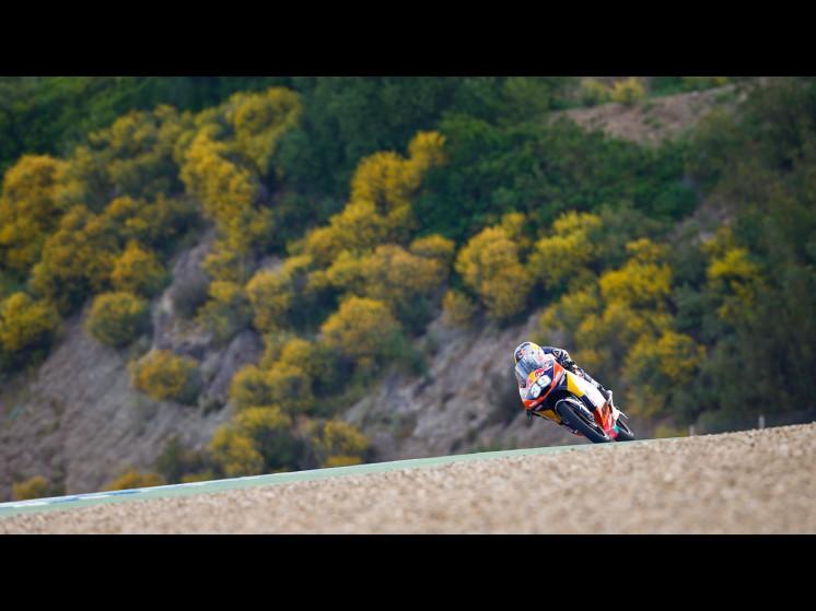 MotoGP Season 2013 - 39luissalommoto3 s1d6888 slideshow