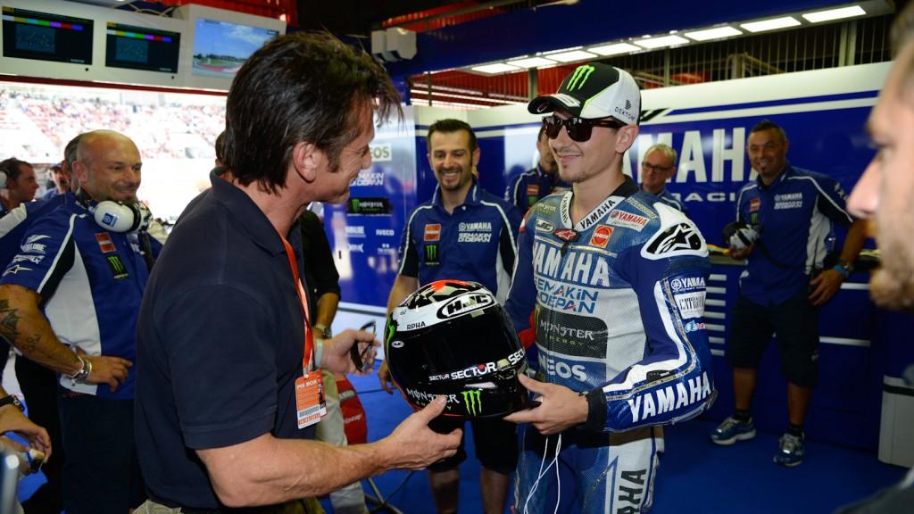 Sean Penn, Jorge Lorenzo, Yamaha Factory Racing Garage, Montmelo RAC