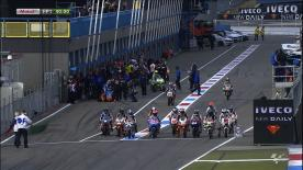 It was a rain-free start to the Iveco TT Assen weekend as Maverick Viñales led opening practice for the Moto3™ field. Riding for Team Calvo, the Figueres rider topped the timesheets from championship leader Luis Salom in an all-Spanish top three.