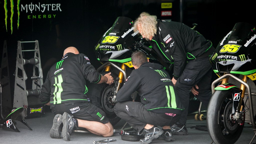 Monster Yamaha Tech 3 garage, MotoGP™ Test Build-up - Termas de Rio Hondo, Argentina