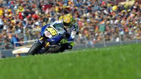 Casey Stoner takes runaway win in Valencia to conclude 2008 MotoGP season.
