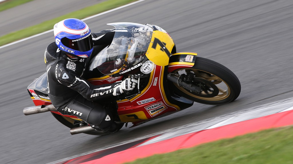 Barry Sheene Tribute Lap at Silverstone
