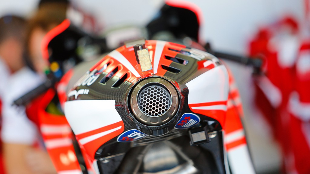 Ducati Desmosedici, Ducati Team - Exhaust