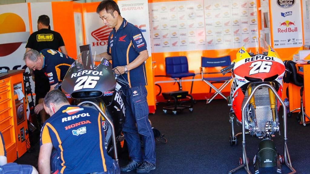 Honda RC213V 2014 & Honda RC213V 2013, Repsol Honda Team - MotoGP Valencia Test