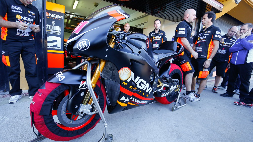 Aleix Espargaro´s Yamaha FTR, MotoGP Valencia Test