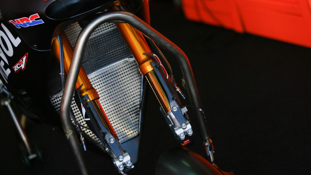 Honda RC213V 2014, Repsol Honda Team - Front suspension