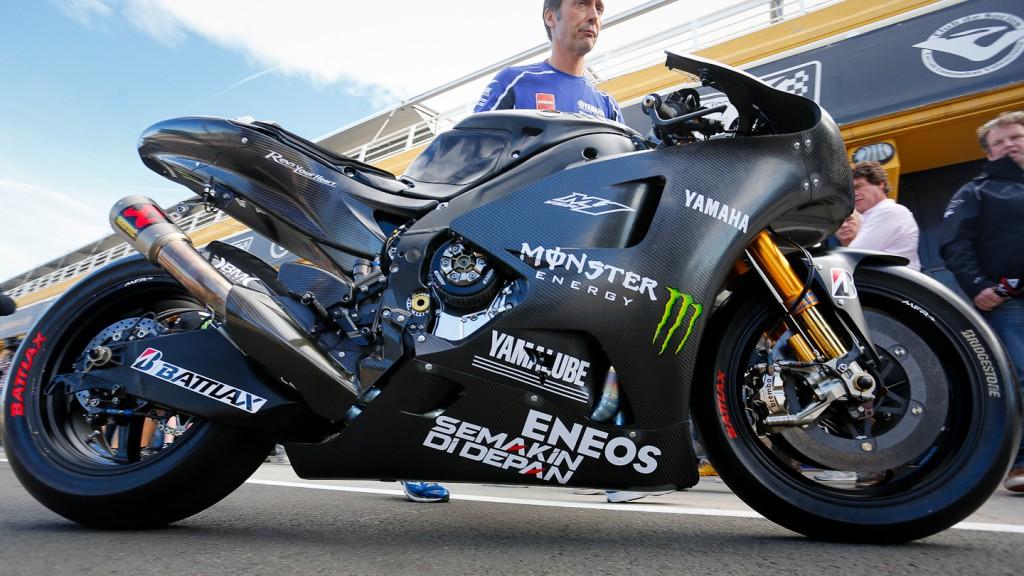 2014 YZR-M1, MotoGP Valencia Test