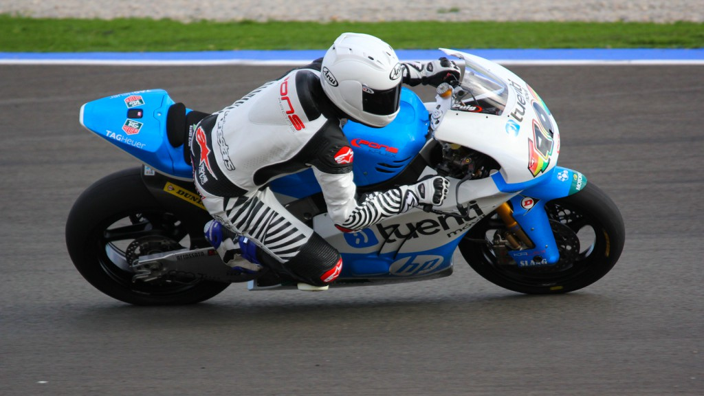 Maverick Viñales, Tuenti HP 40, Test Valencia Moto2