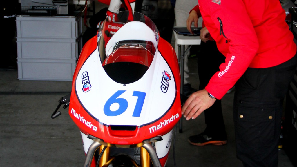 Mahindra Racing garage, Almería Test