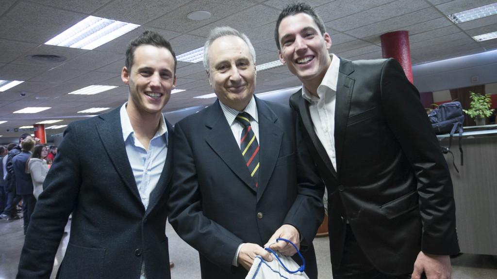 Aleix and Pol Espargaró with Joan Moreta. Gala RFME 2013