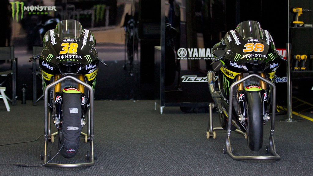 Monster Yamaha Tech 3, Box