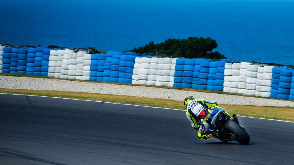 motogp.com · Valentino Rossi - Phillip Island Test © Copyright RedGhostOnline & Vikki Robinson ...