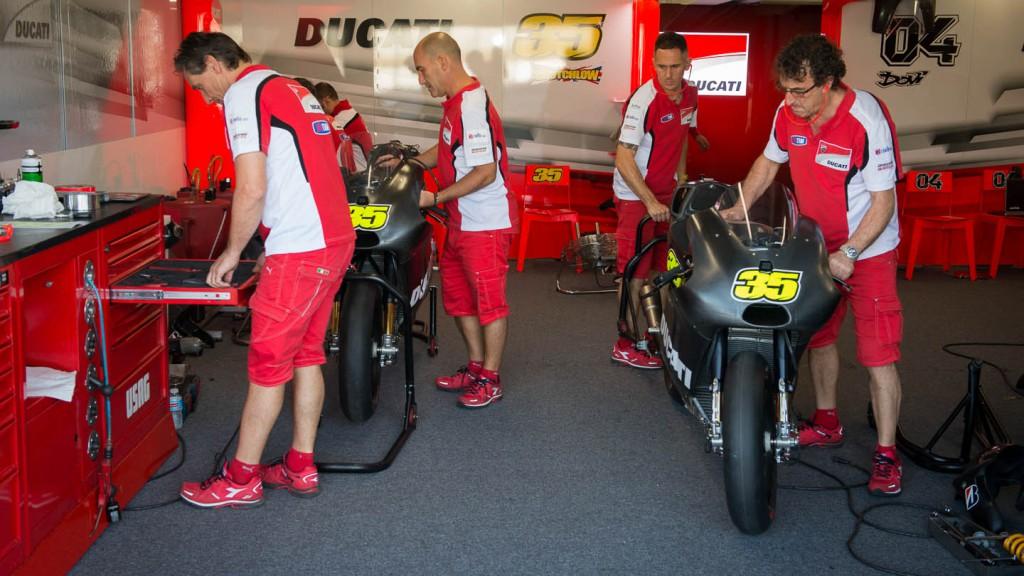 Ducati box - Phillip Island Test © Copyright RedGhostOnline & Vikki Robinson [MOTOLINEMagazine.com]