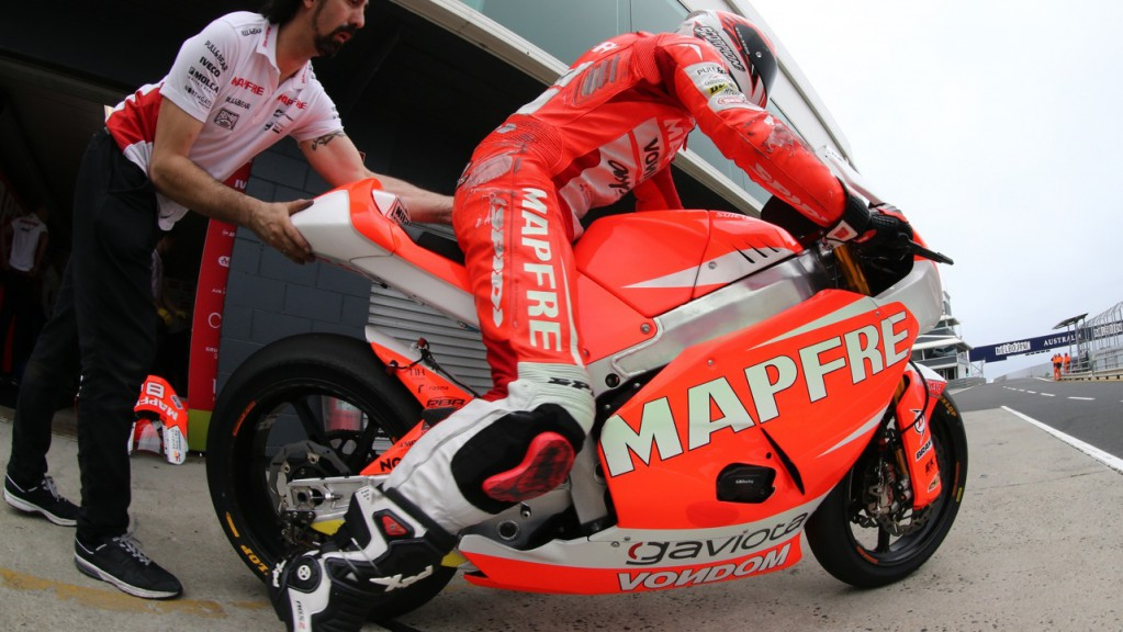 Mapfre Aspar Team Moto2 Box - Phillip Island Test © Copyright Bruno Silverii