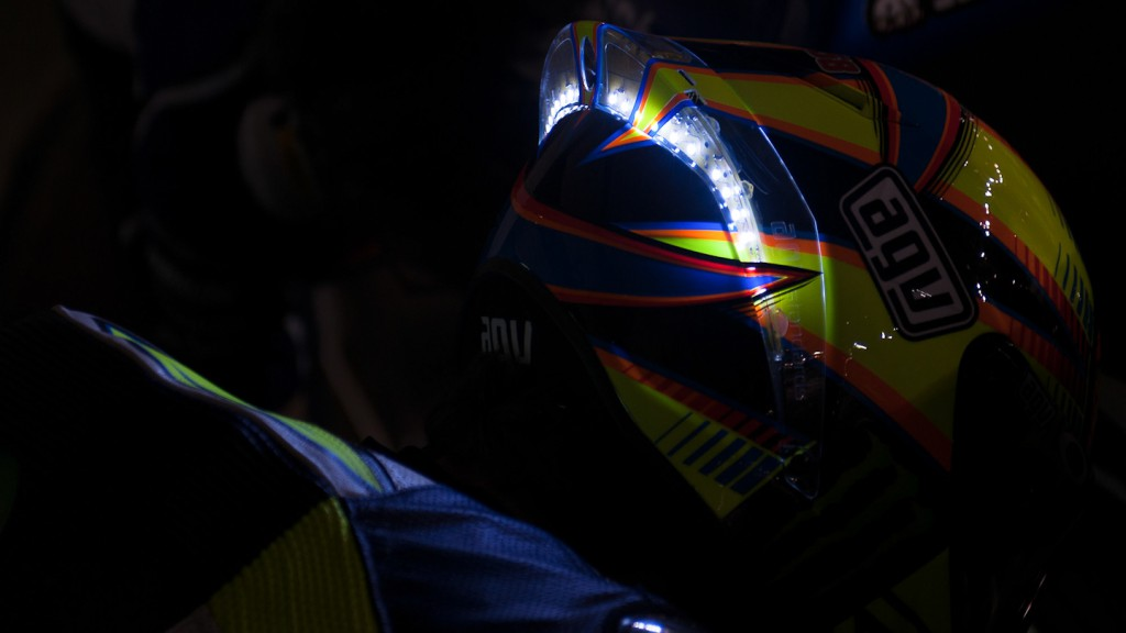 Rossi´s LED helmet, Movistar Yamaha MotoGP, QAT FP3 - © Copyright Scott Jones, PHOTO.GP