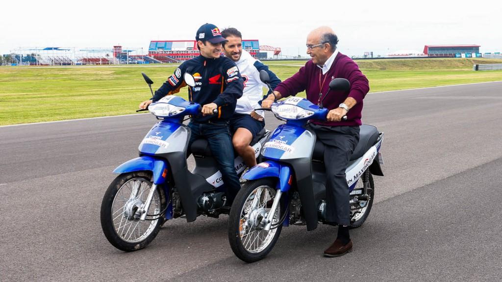 Dorna CEO Carmelo Ezpeleta, Dani Pedrosa, Gran Premio Red Bull de la República Argentina
