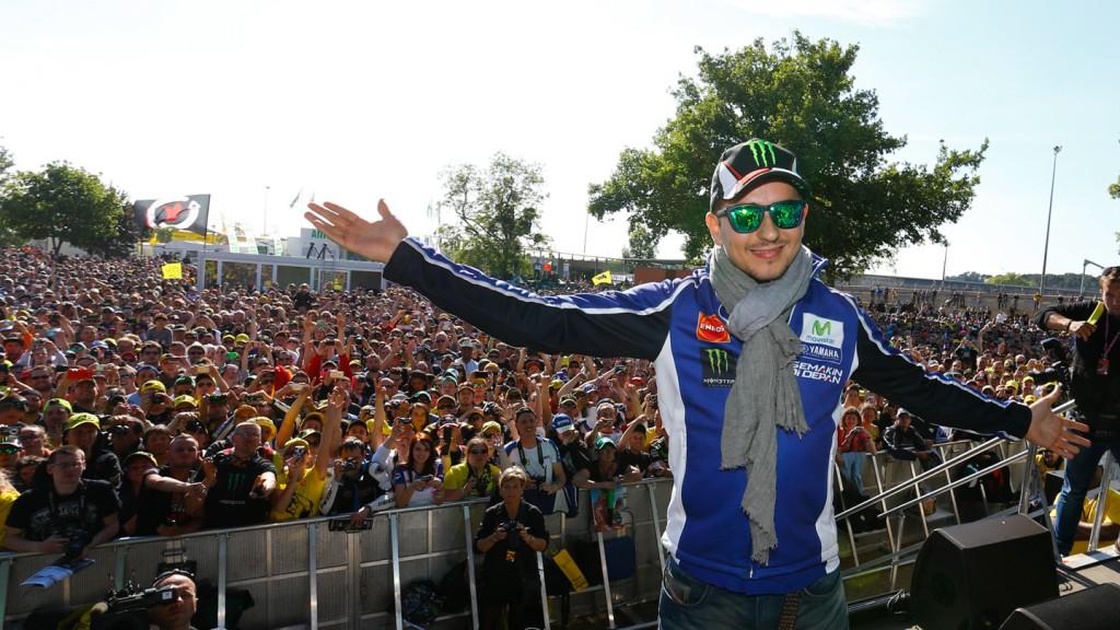 Jorge Lorenzo, Le Mans' Espace Rencontre