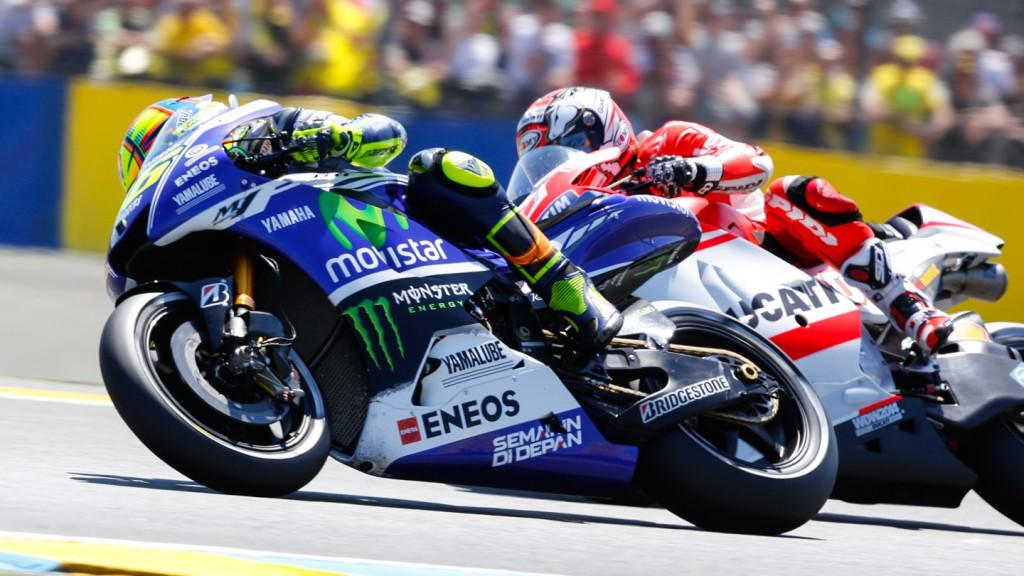 Andrea Dovizioso, Valentino Rossi, Ducati Team, Movistar Yamaha MotoGP, FRA RACE