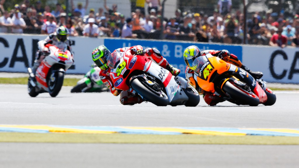 Cal Crutchlow, Aleix Espargaro, Ducati Team, NGM Forward Racing, FRA RACE
