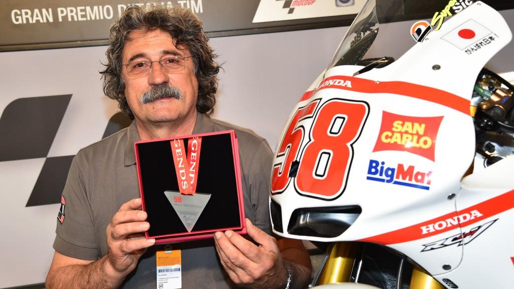 Marco Simoncelli honoured as MotoGP™ Legend