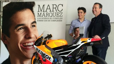 Marquez with Spencer at book launch in Barcelona