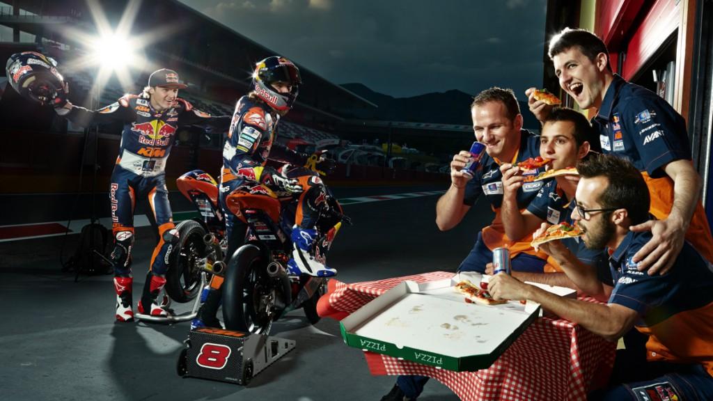 #PizzaTime: Jack Miller & Karel Hanika, Red Bull KTM Ajo © Copyright KTM