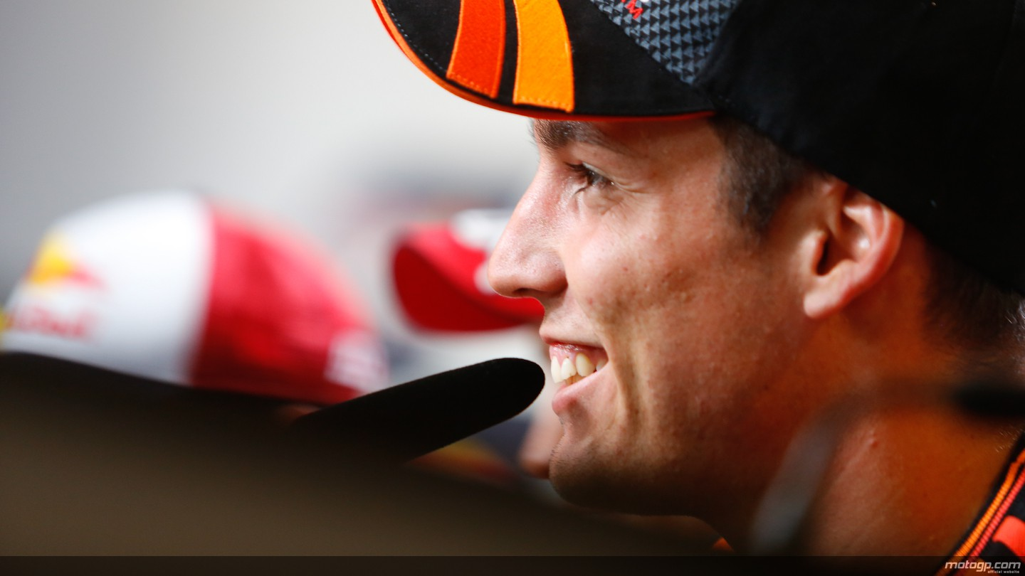 https://photos.motogp.com/2014/08/07/05_mgp_7338_original.jpg
