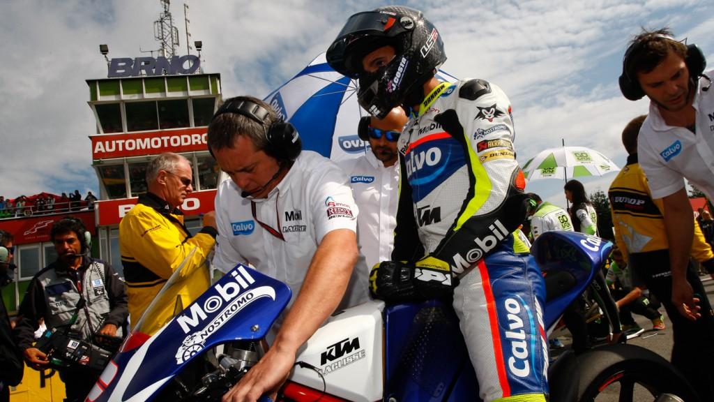 Isaac Viñales, Calvo Team, CZE RACE