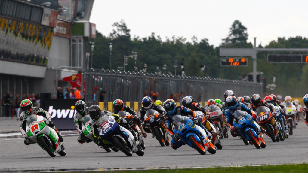 Moto3 Race start, CZE RACE