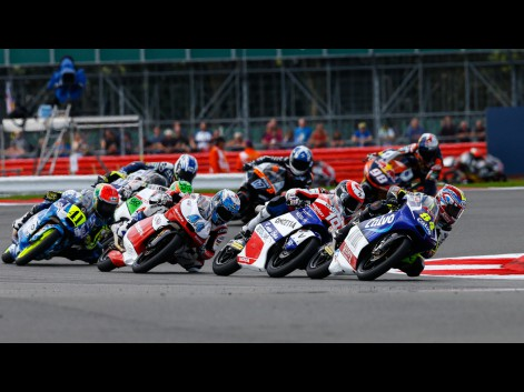 Moto3-Action-GBR-RACE-576681