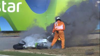 2014年第14戦アラゴンGP: エクトル・バルベラのマシン炎上