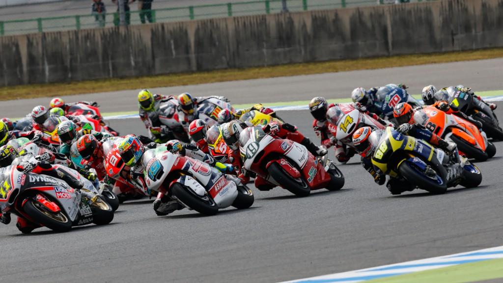 Moto2 Race start, JPN RACE