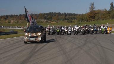 Czech fans gather to honour Simoncelli