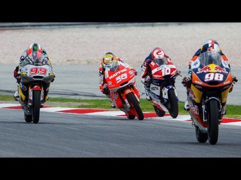 Moto3-Action-MAL-RACE-580444