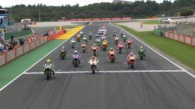 Il Campione del Mondo della classe regina MotoGP™ vince anche al Gran Premio Generali de la Comunitat Valenciana conquistando la sua 13ª vittoria della stagione, davanti a Valentino Rossi che si conferma vice-Campione e Dani Pedrosa sul podio.
