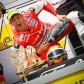 スペイン選手権王者トーレスが初優勝で得意の肘&膝擦りポーズを表彰台で披露