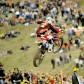 """Dovizioso y Simón se exhiben en el """"motocross dei Campioni"""""""