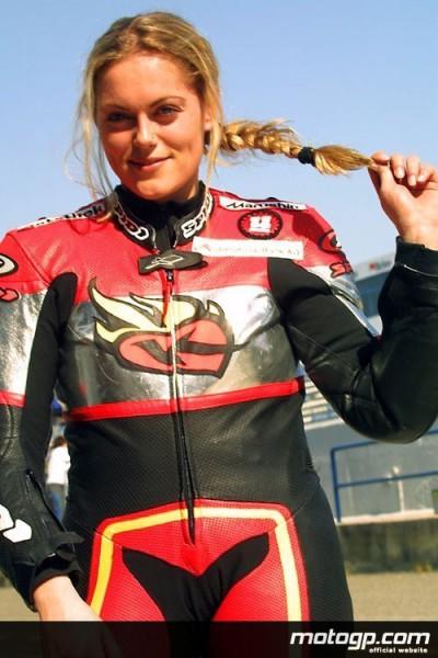Katja Poensgen se tourne vers le Superstock mais n`oublie pas le MotoGP