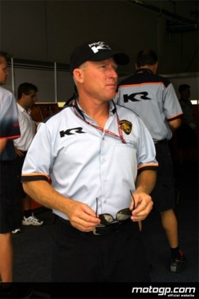 Kenny Roberts habla de la importancia de disponer de un tercer piloto en MotoGP