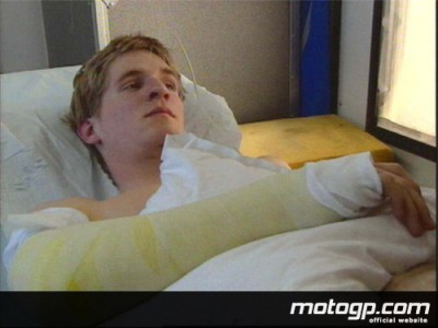 David Checa, convalescent après une opération au bras