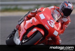 Biaggi and Checa complete first day of tests in Mugello