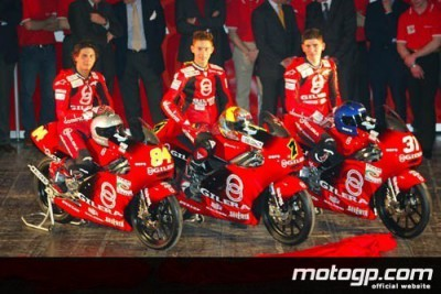 Gilera make official presentation of Poggiali and new Team Italia in Terni