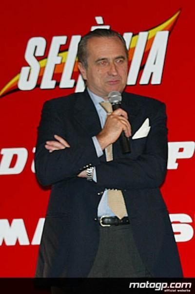 Stefano Rosselli del Turco, Direttore della Piaggio, indica il futuro del MotoGP per Gilera