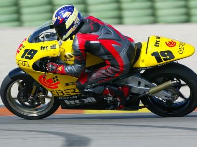 Leon Haslam se pone a punto para debutar en los 250cc. en Suzuka