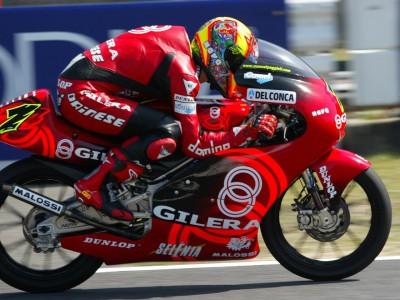 Poggiali empieza la defensa del título logrando la pole provisional