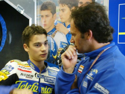 Daniel Pedrosa conquista la pole 125 davanti a Pablo Nieto